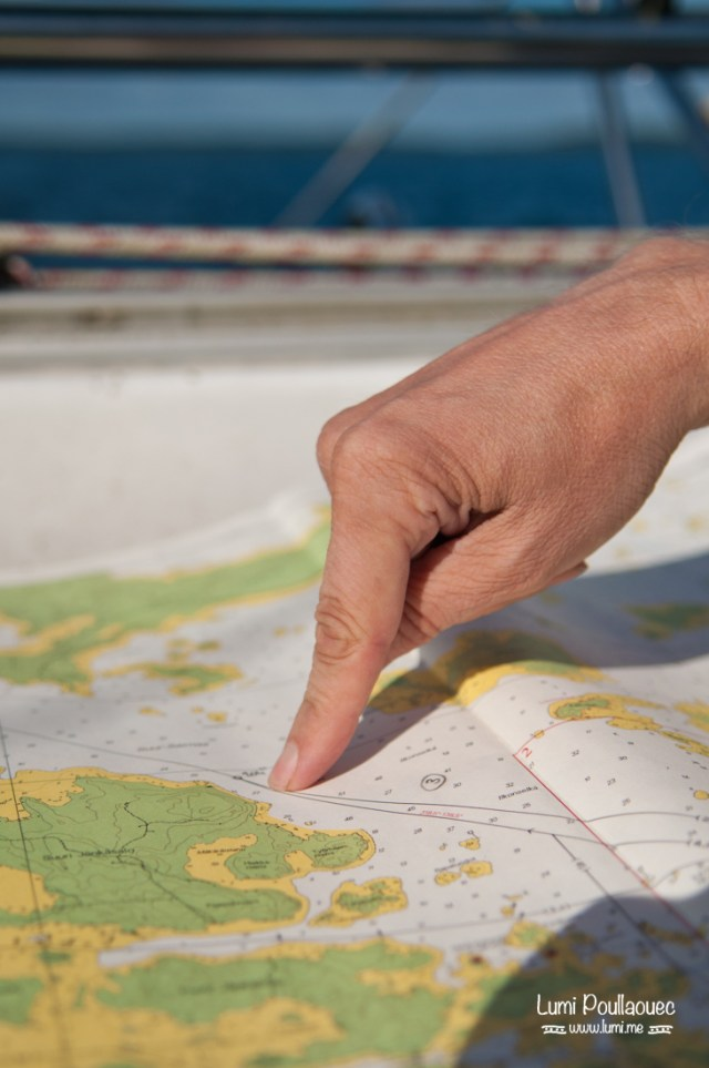Lac Saimaa - Finlande - carte navigation ponter du doigt