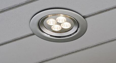Nous avons fait installer 3 spots dans les caches moineaux. Spots Exterieurs Encastrables Plafond Sous Toiture Luminaire Fr