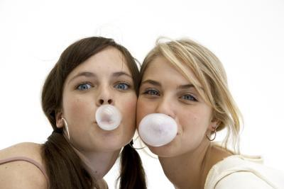 girls gum photo