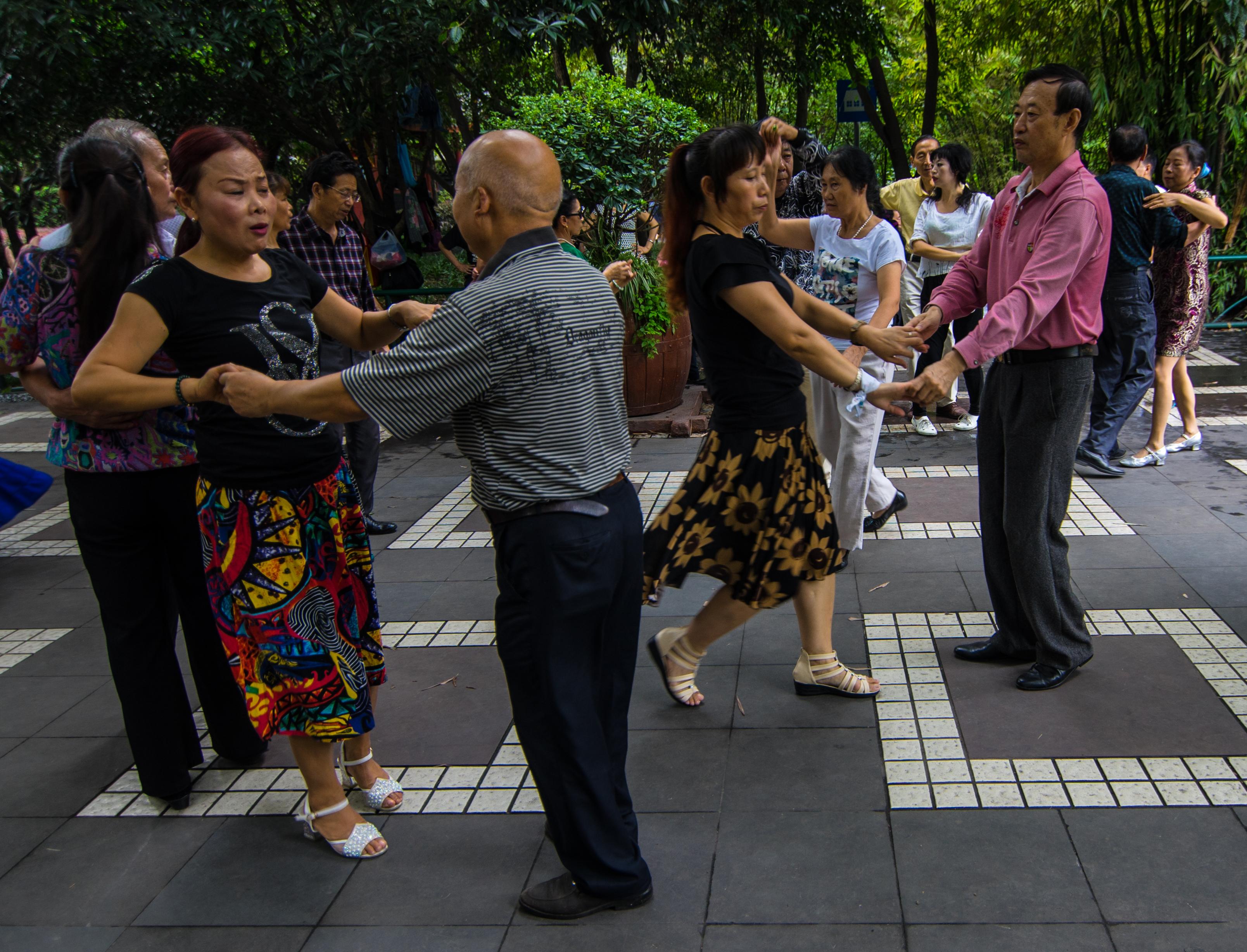 Ear Picking, Dancing and Karaoke: People's Park, Chengdu