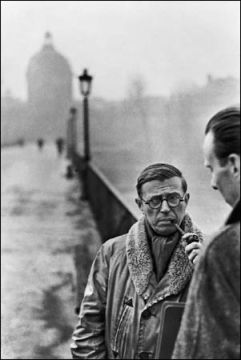 Jean-Paul Sartre (left) with the architect Jean Pouillon