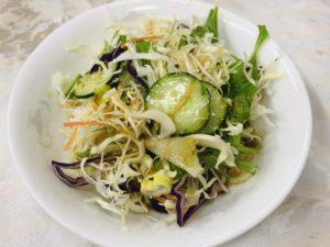 鳳龍飯店 セットのサラダ