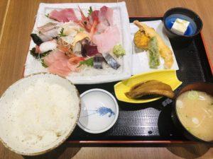 魚菜屋 上刺盛りとお魚定食