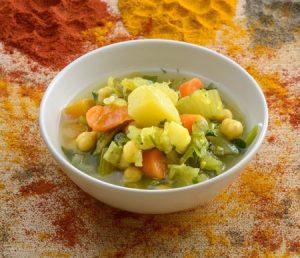 קערת של ירקות לקוסקוס