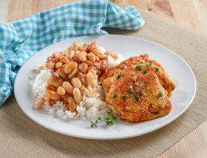 חזה עוף ברוטב מרינדה עם אורז ושעועית