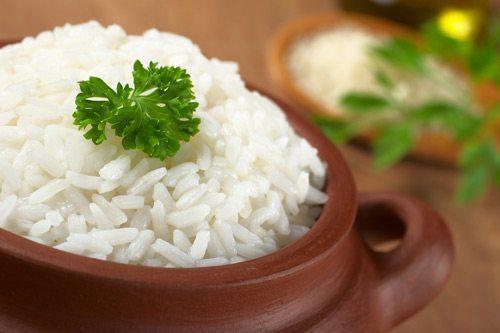 תמונה של קערת אורז מבושל