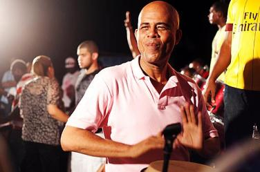 1059109-Michel-Martelly-haiti-617-409