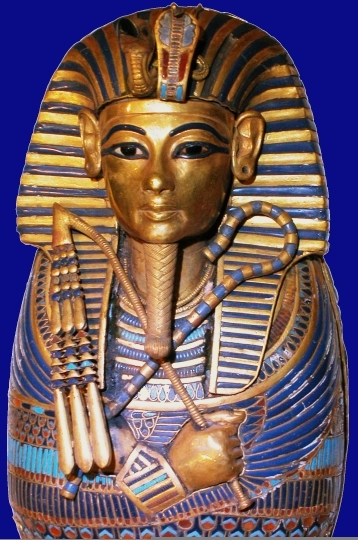 USA: ancient Egyptian sarcophagus as corporate boss' plaything (1/6)