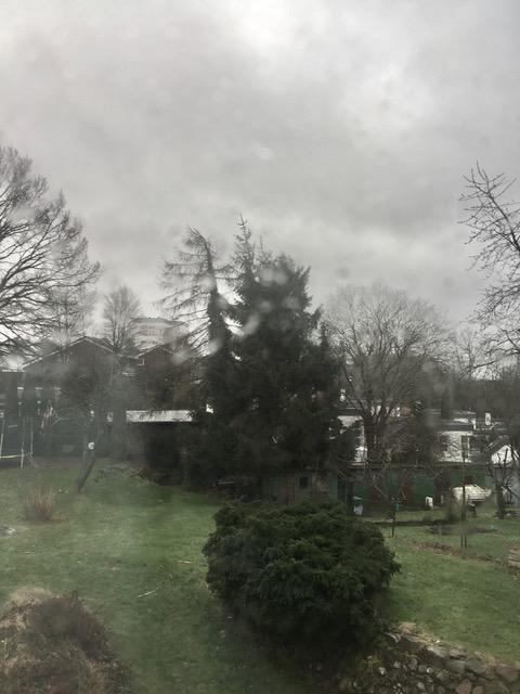 Ausblick aus dem FensterSchulkram ohne Ende - Freitagszeuch