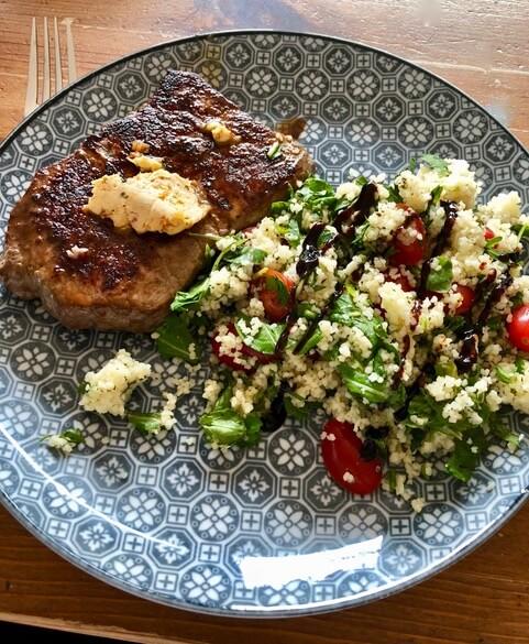 Steak mit Tabouleh - Taboule  mit Rumpsteakstreifen - schnelles Essen