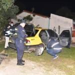 Caen dos hermanos luego de asaltar a un taxista y enfrentarse con la Policía