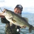 【春琵琶湖の定番】シャローのプリを狙い撃つスイムジグアプローチ法