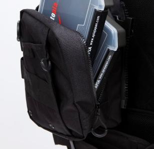 前面ポケットは左側ポケットにVS-3010NDDMを1枚、右側ポケットにVS-3010NDMを2枚収納可能