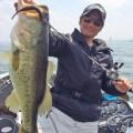 【単日ロクマル3匹捕獲】「ジャバシャッド5.5インチ」の琵琶湖での効きっぷりが本気でヤバいんですけどッ!! 気になる使い方も紹介