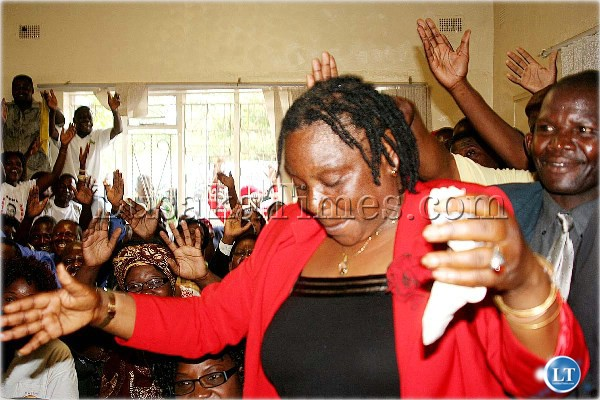 Former Gender and Women in Development Minister Patricia Mulasikwanda is welcomed by UPND cadres when she joined the party at a press briefing in Lusaka yesterday, Dec 27th.