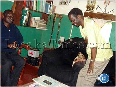 Eastern province minister Isaac Banda talks to Chief Zumwanda of Lundazi at his palace