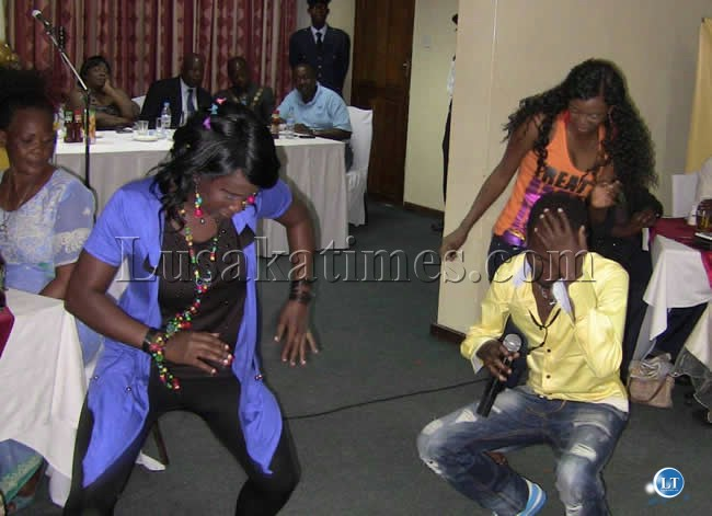 Popular singer Akufuna entertains guests during the dinner of the AFCON trophy in Kasama