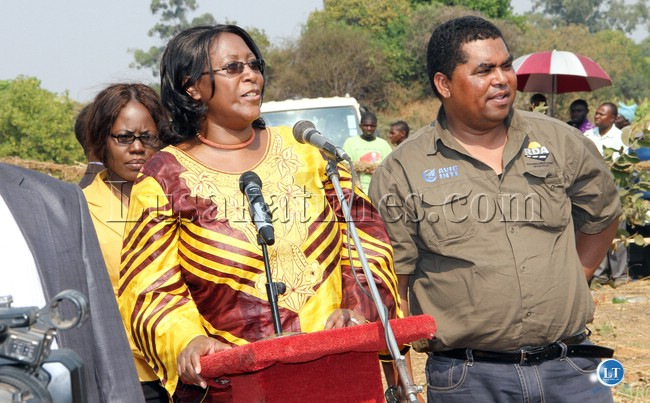 FILE: First Lady Dr Christine Kaseba speaks as Central province minister Mwaliteta looks on during Ichibwelamushi Cultural ceremony at Chalata main arena in Mkushi on September 14,2013-Picture by THOMAS NSAMA
