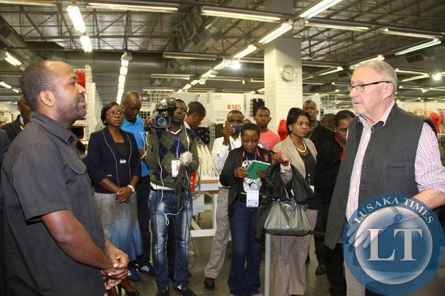 Guy Scott queries Mr Price Sstore Manager