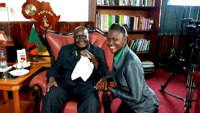 Patience with  Dr Kenneth Kaunda after she interviewed him about Zambia's liberation movement