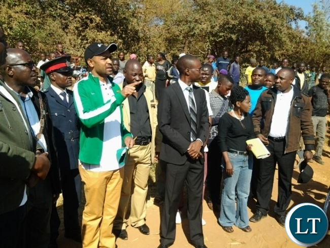 Sports minister Vincent Mwale addressing cyclists at Exide battery on Umodzi Highway in Chipata before flagging off the Choova Bicycle race in Chipata