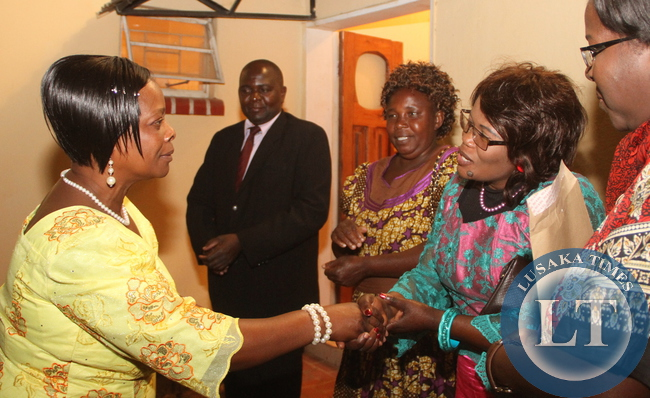 First Lady Esther Lungu being welcomed by Western Province  deputy Permanent secretary  on during the Meet the First Lady fundraising dinner dance to raise funds for the construction of PF permanent office in Mongu on Friday, August 14,2015 -Picture by THOMAS NSAMA