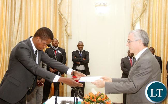 President Lungu receives credentials from Israel ambassador to Zambia Gershon Kedar  (R) at State House on Thursday, September 17,2015 -Picture by THOMAS NSAMA