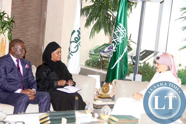 First Lady Esther Lungu with Prince Al Waleed (R) and Zambia's Ambassador to Saudi Arabia Ibrahim Mumba (L) in Riyadh, Saudi Arabia . The First Lady and Prince Al Waleed discussed possible assistance in Women and Children programs in Zambia