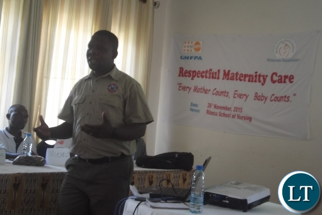 Mpika District Medical Office Nursing Officer Richard Chimfwembe was in Mansa conducting Respectful Maternity Care for health workers from selected health facilities in the province who are members of the Midwives Association of Zambia at Mansa Lodge. Here Mr. Chimfwembe is clarifying to the health workers the right of expecting mothers to certain choices and preferences of how they should be handled in a medical facility when they go to deliver.