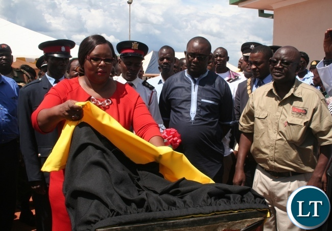Energy minister Siliya unveils the plaque during the official opening of Solwezi Fuel depot