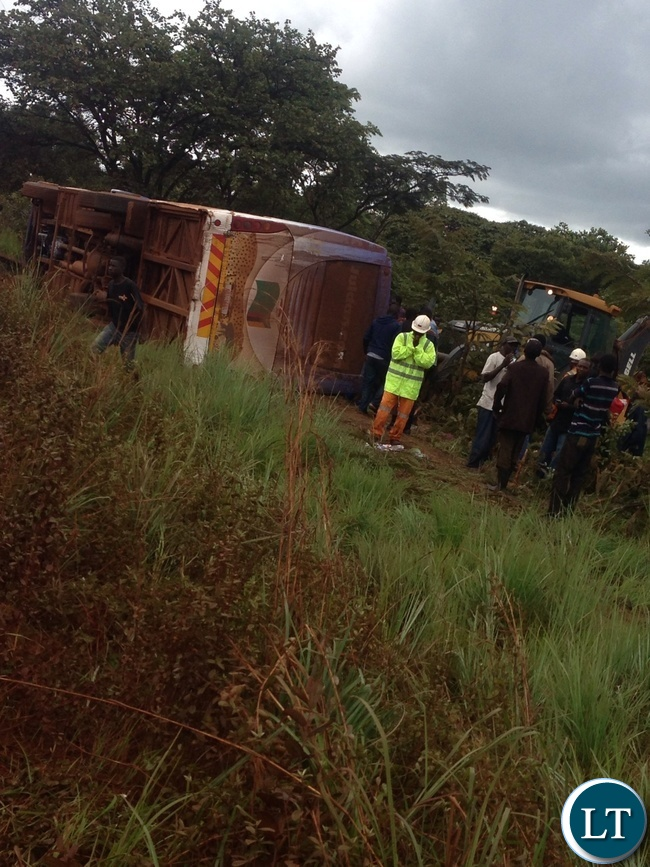 Juldan bus travelling from Lusaka to Solwezi has overturned in Ndola