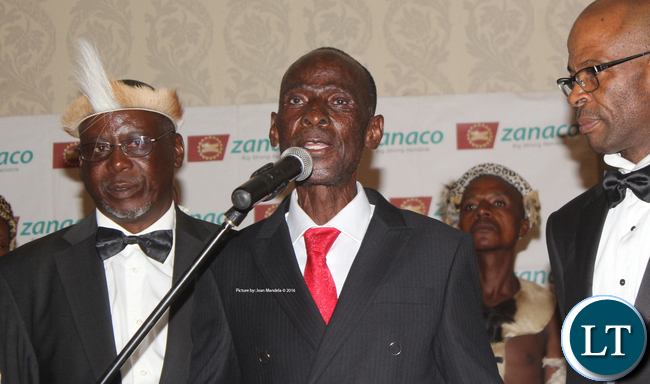 Mpezeni IV delivering his speech