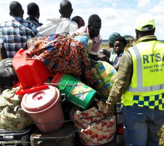 Overloaded van stopped by a RATSA Officer