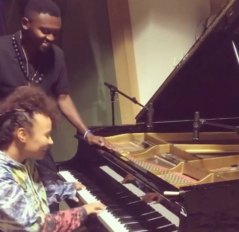 """Teaching my friend Emeli Sande how to sing ""Next to me"" in Bemba"