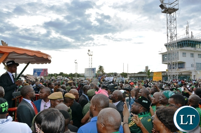 President Edgar Lungu addressing people on his arrival at Simon Mwansa Kapwepwe airport