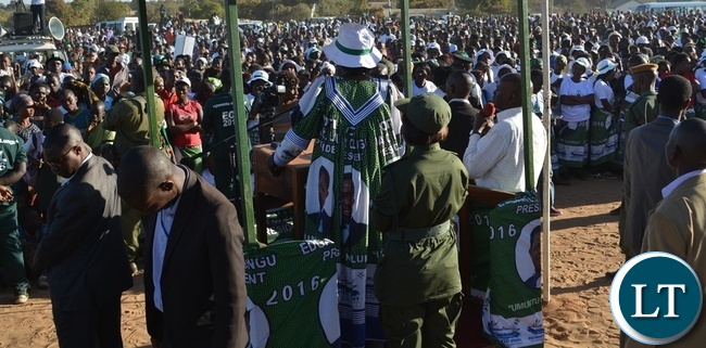Vice President Inonge Wina (middle) addressing a public rally at Namatama Ground in Livingstone