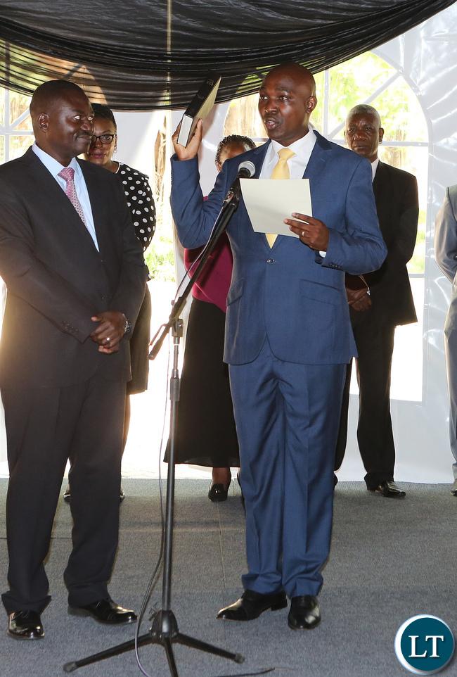 Lusaka Province Minister Japhen Mwakalombe
