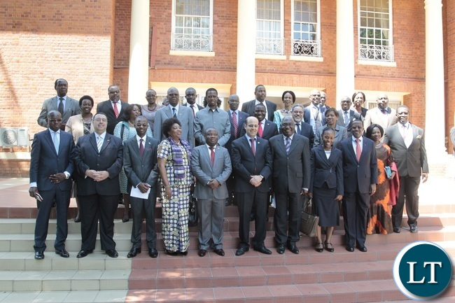 President Edgar Lungu pose for the official photo with African Diplomats accredited to Zambia at State House