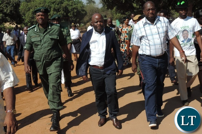 Home Affairs Minister Stephen Kampyongo (centre) with Health Minister Chitalu Chilufya (right) and Zambia Correctional Service Commissioner General Percy Chato (left) during the inspection of Livingstone Central Correctional Service mini Hospital in Livingstone