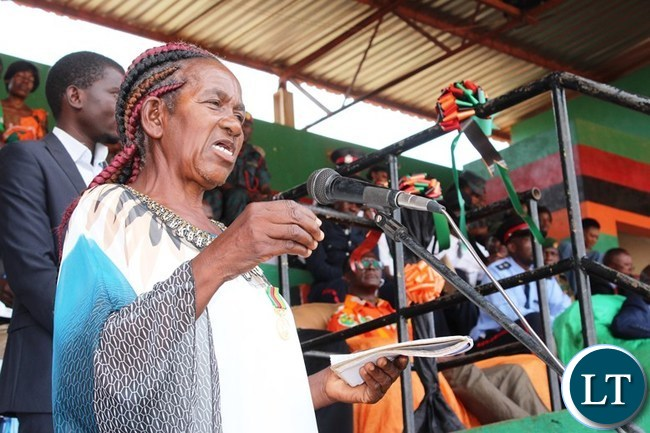 A Freedom fighter, Esnart Mushiba, who was once Chipata District Governor in the United National Independence Party (UNIP), delivers a vote of thanks during this year's Independence celebrations held at David Kaunda stadium in Chipata. PICTURE BY STEPHEN MUKOBEKO/ZANIS