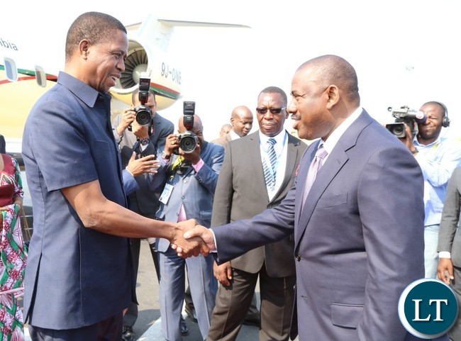 President Edgar Lungu being welcomed by Angolan minister of Transport Augusto da silva Tomas at Luanda international airpot in Angola 26-10-2016.