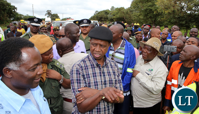 President Edgar Lunga on tour of Solwezi Chingola Road Project