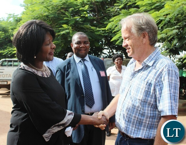 COMMUNITY Market for Conservation (COMACO) President and founder, Dale Lewis, welcomes Commerce Minister, Margaret Mwanakatwe, when she visited the processing plant for peanut butter and other products in Chipata on Thursday. PICTURE BY STEPHEN MUKOBEKO/ZANIS