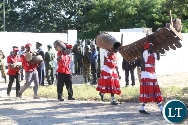 Bambeti caring the Traditional drums to the Nalikwanda at Lealui Palace