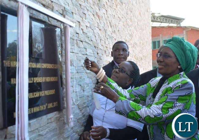 Vice President Inonge Wina unveils the plaque during the officially opening of the thirty four Million kwacha National Institute of Public Administration(NIPA) Information and Conference Centre in Lusaka