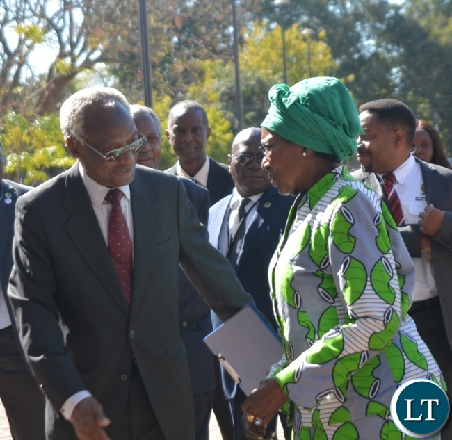 Vice President Inonge Wina(r) confers with National Institute of Public Administration(NIPA) Governing Council Chairperson Professor Muundashe Siamwiza(l) during the official opening of the thirty four Million kwacha National Institute of Public Administration(NIPA) Information and Conference Centre in Lusaka