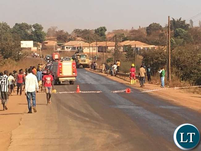 Solwezi residents scramble for poisoned fish as acid tanker spills into Kifubwa River