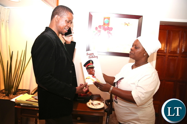 President Edgar Chagwa Lungu celebrates his 61st birthday with his family in Lusaka on Saturday, November 11,2017 -Picture by THOMAS NSAMA .