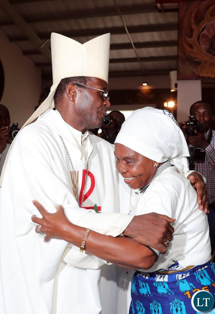 Chieftainess Nkomesha Greets Bishop Mpundu