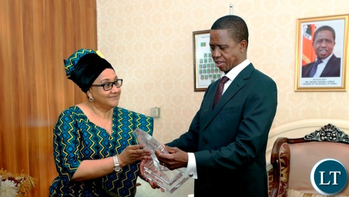 President Edgar Chagwa Lungu posing for a photograph with SADC Executive Secretary, Dr Stergomena Lawrence Tax after a meeting at State House on Friday, August 3,2018 . The President is the incoming Chairman for the SADC Organ Troika on Politics, Security and Defence. PICTURE BY EDDIE MWANALEZA/STATE HOUSE ©2018